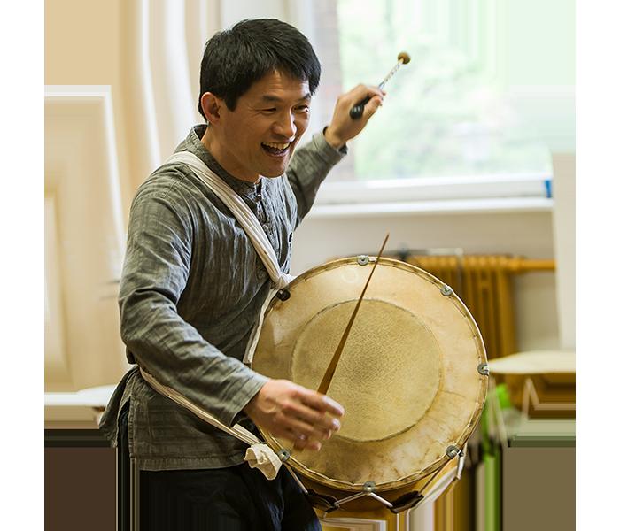 Koreanische Perkussion Dozent